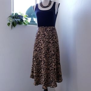 Sienna Sky Size L Leopard/Animal Print Midi Skirt